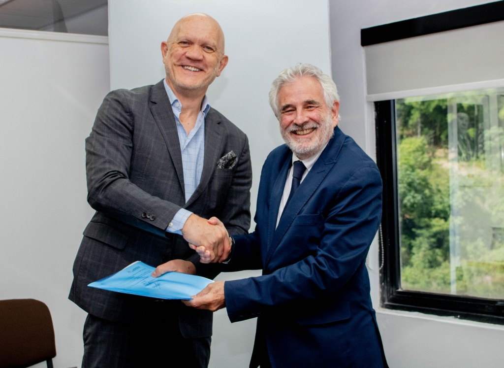 Firma convenio Fifa cies 2